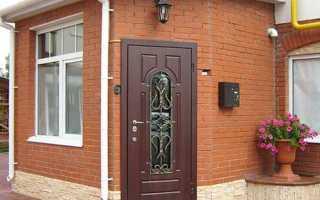 Основные причины, почему входная дверь потеет