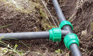 Как провести водопровод для личного пользования и полива на даче из труб ПНД своими руками