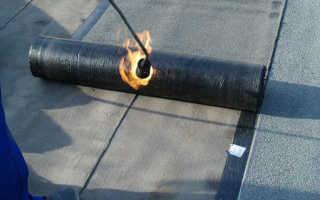 Как выполняется укладка рубероида на плоскую и скатную крышу