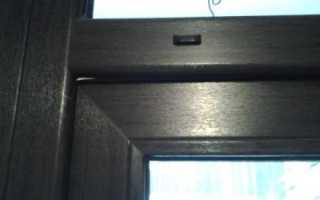 Способы устранения провисания пластиковой балконной двери