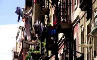 Крепление для бельевой веревки на балконе своими руками