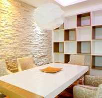 На что клеить и как укладывать гипсовую плитку под кирпич или камень: декоративное оформление стены и варианты монтажа с обоями