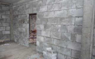 Чем выполнить внутреннюю отделку дома из пеноблоков